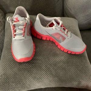 Nike Free Run 3 (GS) Sneakers.